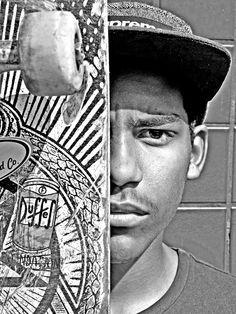 """No próximo dia 05 de agosto, o CEU Parelheiros inaugura a exposição """"Retrato de um Skatista"""", que fica em cartaz até 19 de agosto, com entrada Catraca Livre."""