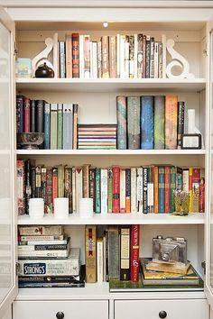 bookshelf styling by emilie marian of flourishandhome.com