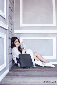 Park Shin Hye looks captivatingly elegant in her new advertisement campaign for 'Bruno Magli' | allkpop.com