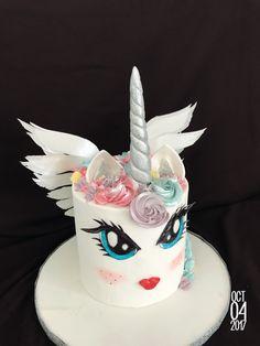 Unicorne Cake, Birthday Cake, Desserts, Food, Tailgate Desserts, Deserts, Birthday Cakes, Essen, Postres