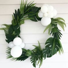 Tropical Bridal Shower Outfit Show Me 67 Ideas Decoration Evenementielle, Tropical Bridal Showers, White Balloons, Jungle Party, Flamingo Party, White Wedding Flowers, Luau Party, Baby Boy Shower, Baby Showers