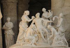 Apollon servi par les nymphes. François Girardon et Thomas Regnaudin Versailles