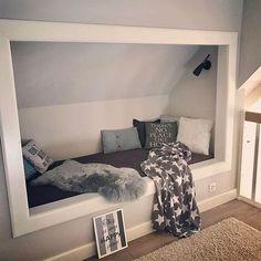 I treat myself to a short breather in my favorite . - pin everything- Guten Mooorgen ☕️! Ich gönn mir eine kurze Verschnaufpause in meiner Liebli… – pin alles Good Mooorgen ☕️! I treat myself to a short … - Loft Room, Bedroom Loft, Dream Bedroom, Home Bedroom, Kids Bedroom, Bedroom Decor, Bedroom Ideas, Cozy Reading Corners, Reading Nook