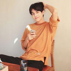 Ig @ihatechynna Hot Korean Guys, Hot Asian Men, Cute Korean, Korean Men, Asian Boys, K Pop, Asian Male Model, Song Wei Long, Chinese Gender