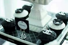 Chanel bridal shower - cupcakes