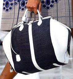 Fashion Week Handbags: Louis Vuitton Spring 2012