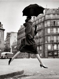 Richard Avedon. Homage to Munkacsi. France, August 1957.
