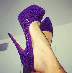 ♥Seguici diventa nostra fan ed entrerai nel mondo fantastico del Glamour  Shoe shoes scarpe fashion chic luxury street style moda donna