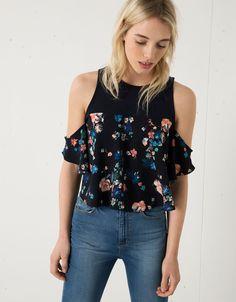 Blouse Bershka met print en detail op schouder - Overhemden & blouses - Bershka Netherlands