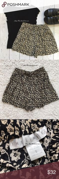 The Limited high waisted rayon floral shorts Super cute flowy black & tan floral print rayon shorts from The Limited with elastic & drawstring waist & two side pockets. Great condition! High waisted/high rise style. Perfectly cute with a black crop top. Top featured here not included. Please read my updated bio regarding closet policies prior to any inquiries. The Limited Shorts