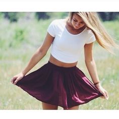 The luma skirt in bordeaux from brandy melville, ugh why can't they have a store everywhere