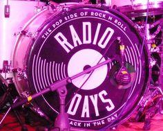 Lecciones de powerpop con RADIO DAYS (crónica concierto Loco Club 30-4-2016) | http://www.woodyjagger.com/2016/05/cronica-concierto-radio-days-loco-club-2016.html