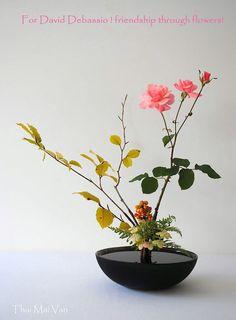 https://www.facebook.com/Ikebana-International-Montreal-852683954845979/