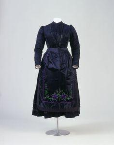 Folk wedding dress, 1903, Middle Franconia; Eismannsberg near Nuremberg, Germany.