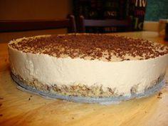 Irish Coffee -juustokakku on vähähiilihydraattinen Kotikokki.netin nimimerkki Nooraun ohjeella tehtynä