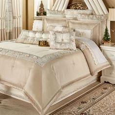 Elegante Light Cream and Light Gold Comforter Bedding