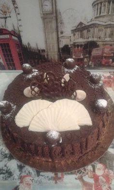 Tort si prajituri Andrea: Tort de ciocolata si visine Cake, Desserts, Tailgate Desserts, Deserts, Food Cakes, Cakes, Postres, Dessert, Tart