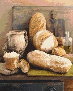 """New Orleans French Bread Lee Bailey's New Orleans, Lee Bailey with Ella Brennan (now out of print) """"La Belle Cuisine -- Fine Cuisine with Art Infusion"""" Bread Art, Pan Bread, Bread Baking, Pan Comido, Tartiflette Recipe, Our Daily Bread, Decoupage Paper, Artisan Bread, Frugal Meals"""