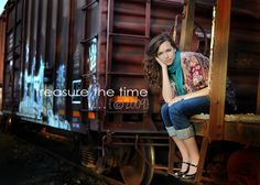 How to Pose Seniors * + 10 Practical Tips for Posing * Senior Photography