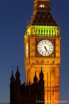 Big Ben Tower House of Parliament London England Canvas Art - Brian Jannsen DanitaDelimont x Houses Of Parliament London, Edinburgh Restaurants, London Night, London Eye, Big Ben London, Tower House, London Photography, City Photography, Landscape Photography