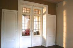Klassieke kamer en suite Doors, Ensuite, Outdoor Decor, Room Divider, At Home Movie Theater, Interior, House, Home Decor, Home Deco