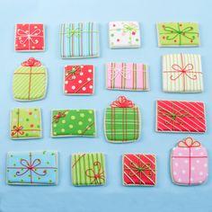 Sugar Cookie Royal Icing, Iced Sugar Cookies, Christmas Sugar Cookies, Decorated Christmas Cookies, Decorated Sugar Cookies, Cookie Decorating Icing, Cute Cookies, Birthday Cookies, Holidays