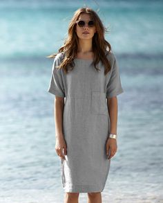 Explore the latest collection of Linen Dresses Modern in different colors and styles which simply defines your look and gives you a better fashion statement. Backless Maxi Dresses, Linen Dresses, Sexy Dresses, Casual Dresses, Short Beach Dresses, Short Sleeve Dresses, Fashion Outfits, Womens Fashion, Big Fashion