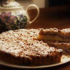 Crostata soffice alle fragole in crosta croccante di mandorle @ allrecipes.it