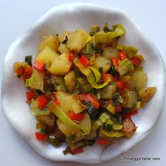 Colorful home fries - https://www.theveggietable.com/blog/vegetarian-recipes/appetizers-side-dishes/gourmet-home-fries/