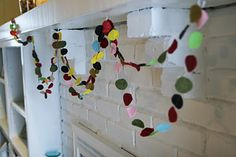 Neat and easy garland- for tree or just decoration.