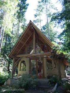 While you are dreaming about building your own natural home, take a few design ideas from this Canadian cob house. Maybe it is time to start a design notebook. Find out more at www.naturalhomes.org/charles-cob.htm