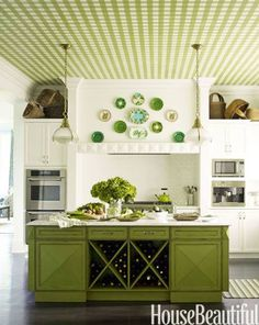 Green kitchens can really pop in your home!  Image Via: http://www.housebeautiful.com/room-decorating/colors/g1167/green-kitchen-color-ideas/?slide=1  Design Detective is ready to help you! Just give us a call. Call à la carte DESIGN 303.885.7706