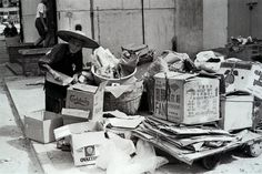 Hong Kong's waste problems - Elderly woman collects cardboxes