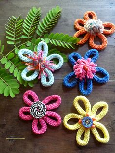 Spool knitting: flowers