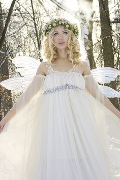 snow fairy - maybe nix the wings but what to do if sun is shining ...