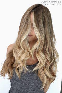 Hair Color by JOHNNY RAMIREZ • IG: @johnnyramirez1 • Ramirez|Tran Salon • 310.724.8167 • info@ramireztran.com // #ramireztran #johnnyramirez #ramireztransalon #boxno216 #beautifulhair #wavyhair #beforeandafter #highlights #blonde #subtleblonde #beverlyhills #hairinspiration #summerhair #beachhair #colorcorrection