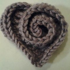 Crochet Heart - would be so cute on a little girls hat or headband.