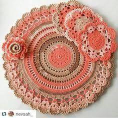 Home Decor Crochet Patterns Part 57 - Beautiful Crochet Patterns and Knitting Patterns Crochet Placemats, Crochet Doily Patterns, Crochet Mandala, Crochet Motif, Diy Crochet, Crochet Shawl, Crochet Designs, Crochet Crafts, Crochet Flowers