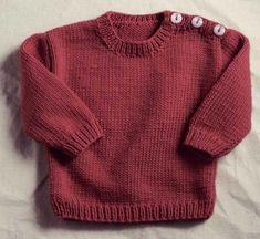 A very basic pullover with a buttoned shoulder make it easy to get over baby's head. Diy Crafts Knitting, Knitting For Kids, Baby Knitting, Diy Crafts Dress, Kids Vest, Baby Sweater Knitting Pattern, Cute Baby Gifts, Boys Sweaters, Sweater Set