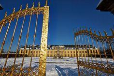 Trend HANNOVER Herrenhausen Goldenes Tor und Galerie vor der Renovierung Hanover Palace Royal gardens germany