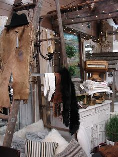 Monticello Antique Marketplace Color & Textiles. These are my basics. Neutral colors, textures, textiles, woods, furs, glass, fire, accent lighting.