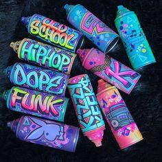 Wie Zeichnet Man Graffiti, Graffiti Kunst, Graffiti Wall Art, Graffiti Drawing, Street Art Graffiti, Graffiti Artists, Graffiti Tattoo, Alphabet Poster, Cristal Art