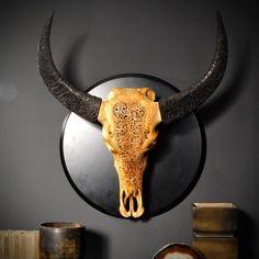 Crâne de buffle sculpté Objets de curiosité