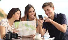 Vor allem im Urlaub äußerst praktisch: Offline-Navi-Apps auf dem Smartphone sind genauer und zudem bequemer als gedruckte Stadtpläne.