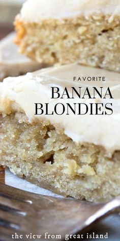 Blackberry Discover My FAVORITE Banana Blondies! My Favorite Banana Blondies these easy blondies are rich dense and fudgy with a to-die-for caramel frosting! Sweets Recipes, Just Desserts, Cookie Recipes, Delicious Desserts, Yummy Food, Eat Dessert First, Dessert Bars, Banana Dessert, Banana Cupcakes