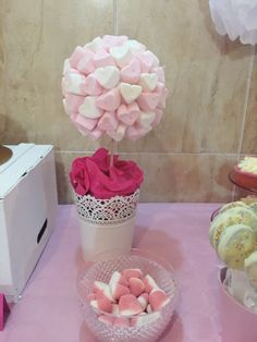 Diy marshmallow tree. Árbol de nubes. #Candybar #dessertable #sweetable