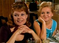 Family Affair TV Show 1960 - Bing images Family Affair Tv Show, 60s Sitcoms, Johnny Whitaker, Famous Child Actors, Anissa Jones, Sebastian Cabot, Brian Keith, Vintage Coloring Books, 70s Tv Shows