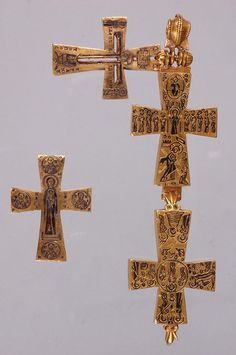 Pectoral Reliquary Cross. Byzantine, Date: 9th century, Material: Gold, niello