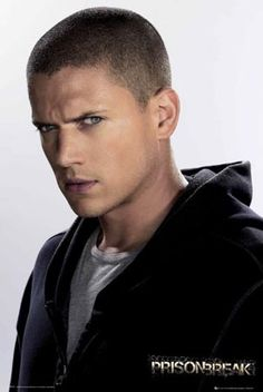 Wentworth Miller- Prison Break one of my all time fav shows! Michael Scofield, Resident Evil, Wentworth Miller Prison Break, Prison Break 3, Dominic Purcell, Most Handsome Actors, Cw Series, Raining Men, Man Crush
