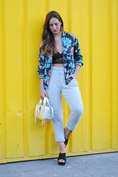 http://www.fashion-south.com/2016/09/addicted-to-bomber-jackets.html